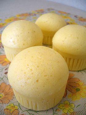 フワ☆モチ☆優しい味の蒸しパン    粉187,5g  べーキン 小2,5  砂糖62,5  卵2個  ヨーグルト125g  サラダ油大1,25  バニラ    甘さ控えめ。油なしでもOK