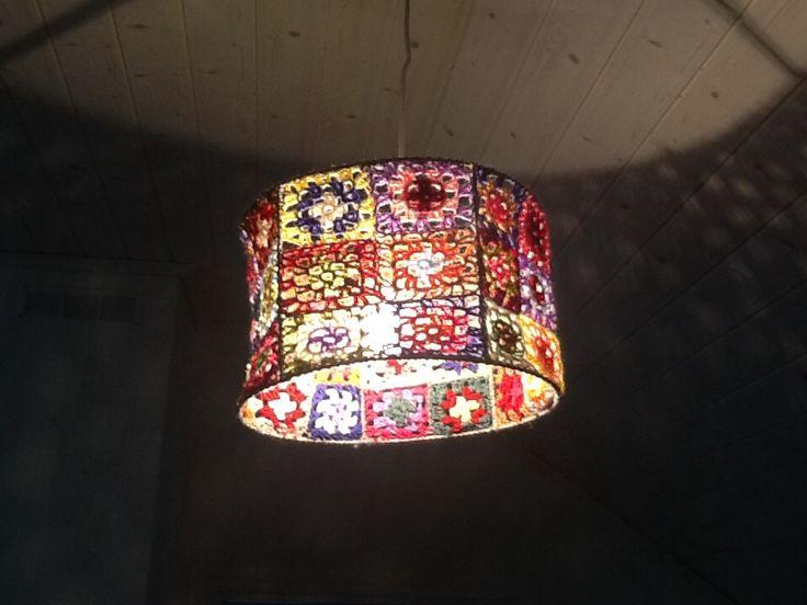 Granny square lamp