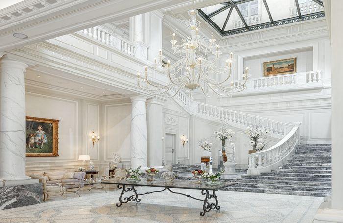 Camera Buyer desidera ringraziare Palazzo Parigi Milan Hotel & Grand Spa e il suo staff per la speciale accoglienza ai buyers The Best Shops e per la preziosa partnership in essere!
