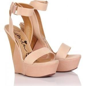 Танкетка определение обувь