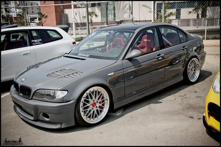 E46 Sedan Grey Stance
