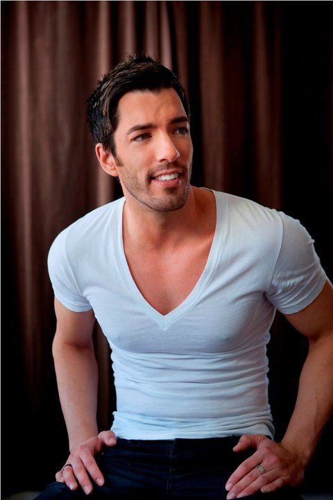 Straight Crush: Drew Scott