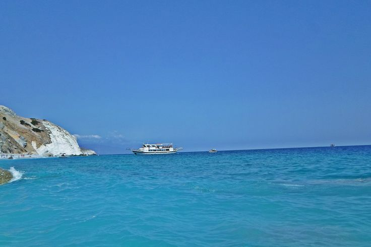 #ship #island #beach #sea #bluesky #clearwater #summer #travel