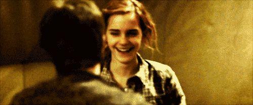 Muitas pessoas nas redes sociais  perguntam qual é o nome da música que Harry dança com Hermione em Harry Potter e as Relíquias da Mo...