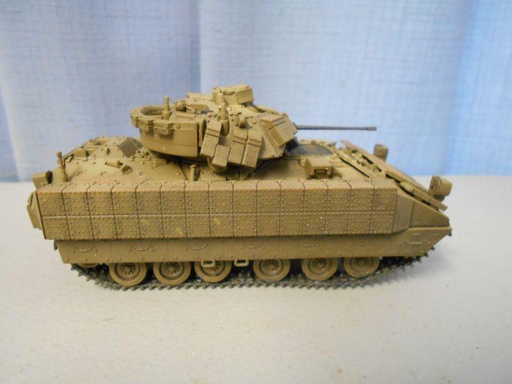 Dragon 1:72 m2a2 tank by Mokanaman.
