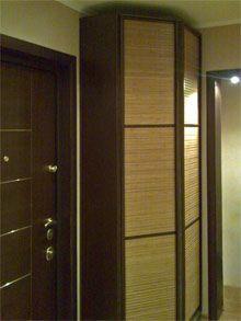 Корпусный шкаф-купе с бамбуком