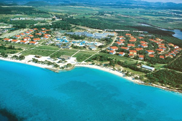 Playa Pesquero Cheap Vacations Packages | Red Tag Vacations