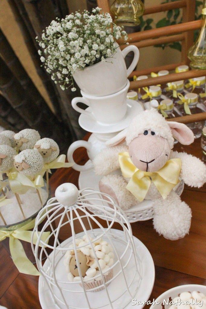 Chá de Bebê Ovelhas no Jardim