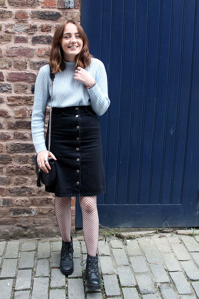 Talking about transitional pieces and my new found love of fishnets on my blog: http://tie-dye-eyes.blogspot.co.uk/2016/10/transitional-pieces-midi-skirt.html  #transitional, #autumn, #fall, #fishnets, #fishnettights, #pastels, #buttonup, #midi, #midiskirt