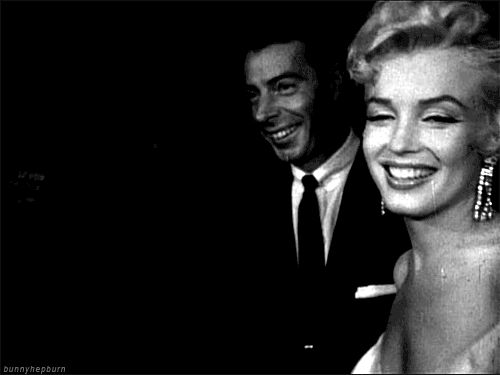 Respect is one of life's greatest treasures — dialnfornoir: Marilyn & Joe at the Seven Year...