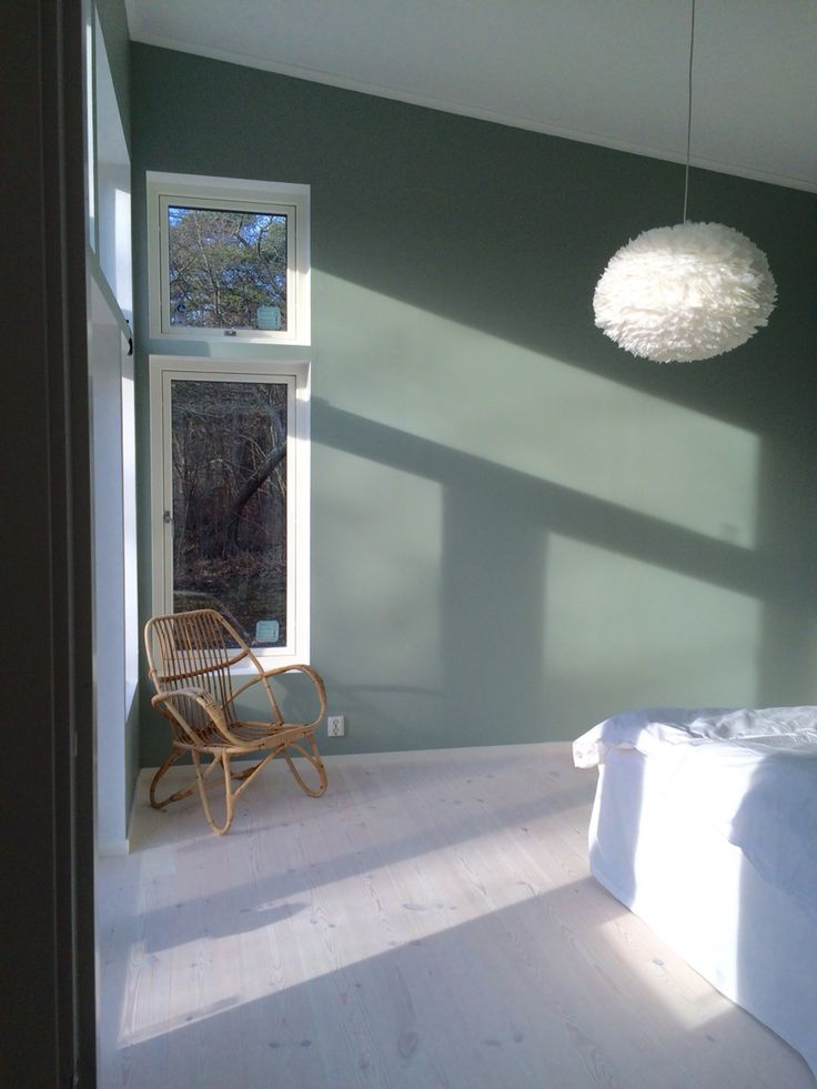 Fjäderlampa tant johannas gröna bedroom