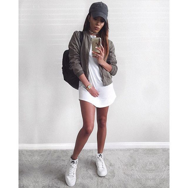 1000+ ideas about Baddies Outfits on Pinterest | Thrasher Sweatshirt Kylie Jnner and Outfit Ideas
