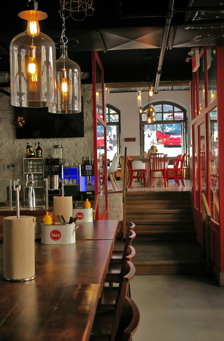 LEMAYMICHAUD   CHIC SHACK   Québec   Architecture   Design   Restaurant   Eatery   Hospitality   Burger Joint   Lighting  