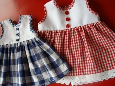 Abiti per bambole fatti in casa - Abiti per bambole con bottoni