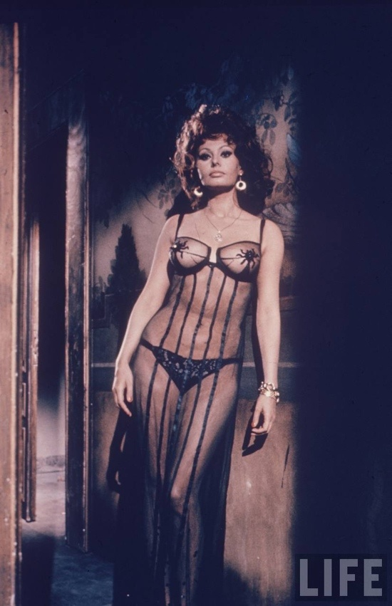 Sophia Loren semi naked in the movie Marriage Italian Style | Movies |  Pinterest | Sophia loren, Legendary pictures and Italian actress
