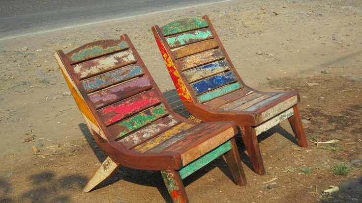 Lazy Reclaimed Boat wood chair - www.balisourced.com
