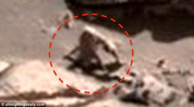 """Investigador afirma haber visto un """"mono araña peludo"""" y """"animal de babosa"""" en Marte entre varios avistamientos extraños  Daily Mail Online"""