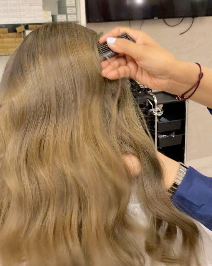 26 Likes 30 Comments مركز ورود الليل النسائي Wrood Allil On Instagram نتيجة عميلتنا اللون اشقر رمادي ا Hair Color Long Hair Styles Hair Styles