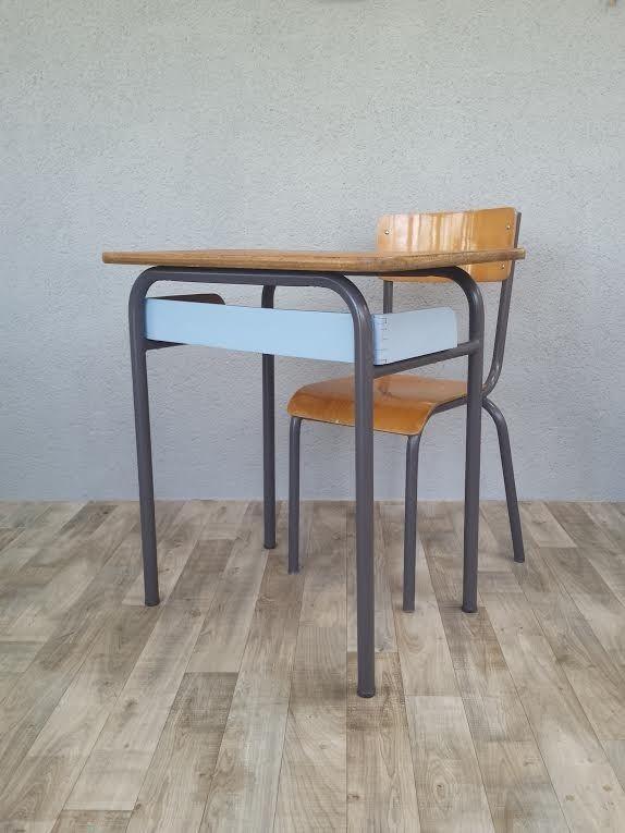 Grand Bureau vintage à casier et sa chaise Mullca 511 : Chambre d'enfant, de bébé par perles-de-chine