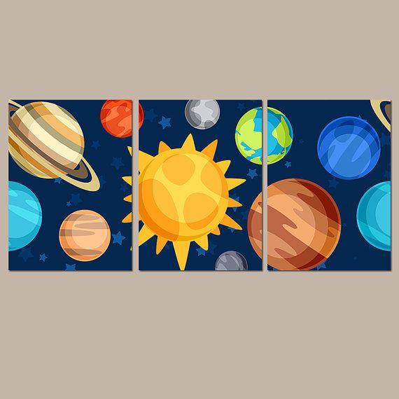 ESPACIO joven arte de la pared, lienzo o impresiones planetas exteriores galaxia infantil cohete estrellas espacio nave espacial Set de 3 muchacho dormitorio cuadros, decoración