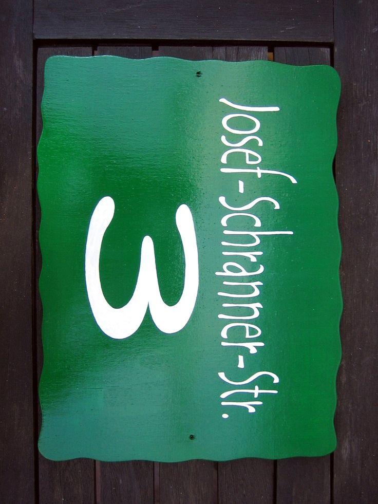 """TÜRSCHILD """"STRASSE & HAUSNUMMER""""  filigrane weiße Schrift auf tiefgrünem Grund (individualisierbar: Farbe, Straße + Hausnummer)"""