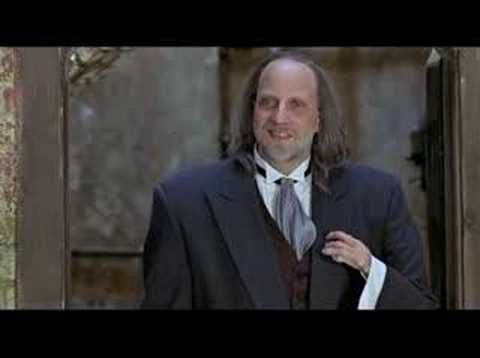 """Scary Movie 2 """"hand vs legs"""" lmao!! My favorite part of this movie!!"""