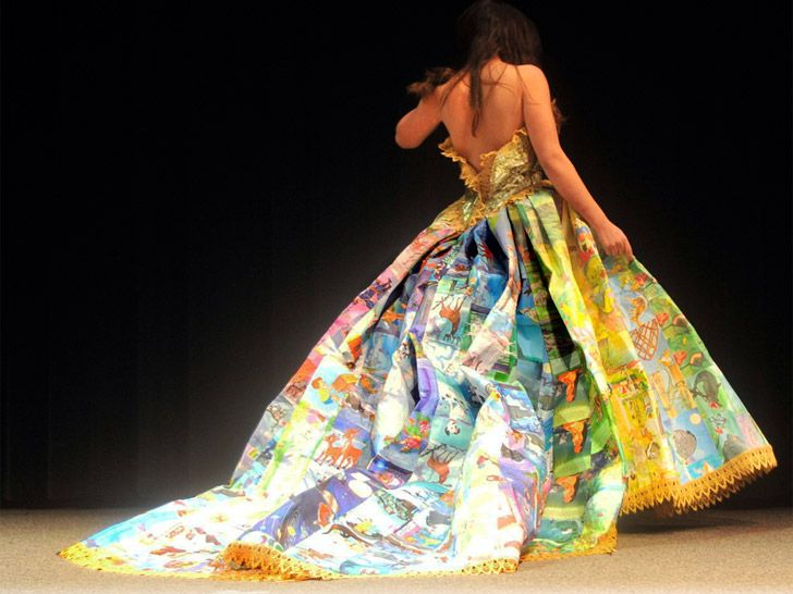 'Golden Book' Gown made from recycled children's books by Ryan Novelline – Ecouterre