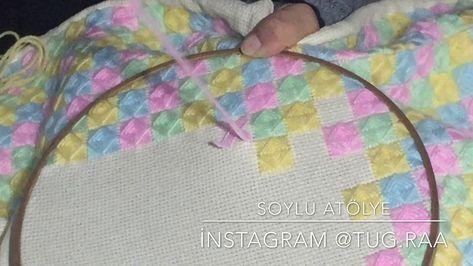 Etaminle Yapılan Battaniye , #etamindenbebekyastıkları #etaminleyapılanbattaniye #güzelbebekbattaniyemodelleri #işlemebebekbattaniyemodelleri , İşleme bebek battaniyeleri için bebe yünleri, etamin kumaşlar kullanarak güzel kare kare bir desen işliyoruz. Kanaviçe bebek pikesi olarak da ...