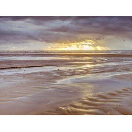 Sunset Blackpool Beach UK Canvas Art - Assaf Frank (18 x 24)