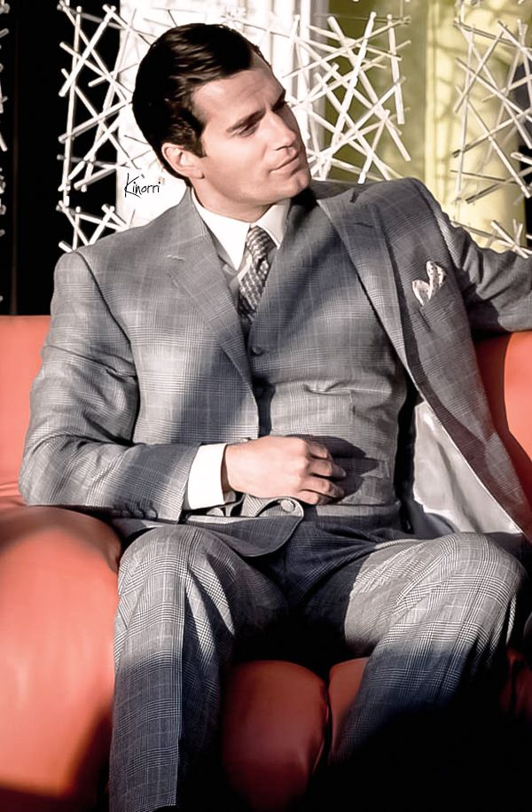 Henry Cavill - Napoleon Solo (The Man From Uncle). My brother/ fiancé looking sauve and sophisticated as ever.