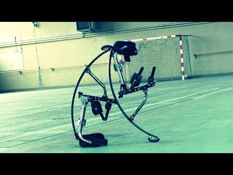 Echasses urbaines / Jumping stilts / freestyle 2014 - YouTube