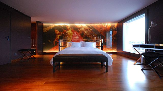 The Hotel Luzern - Deluxe Boutique Hotel - Design Jean Nouvel - Sushi Restaurant Bam Bou