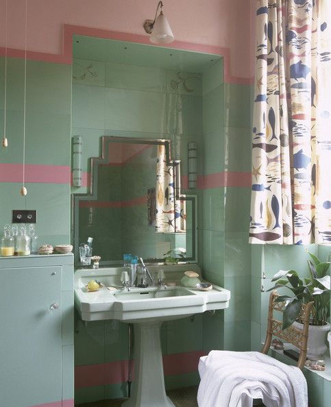 17 best images about retro bathroom resolutions on for Pink and green bathroom ideas