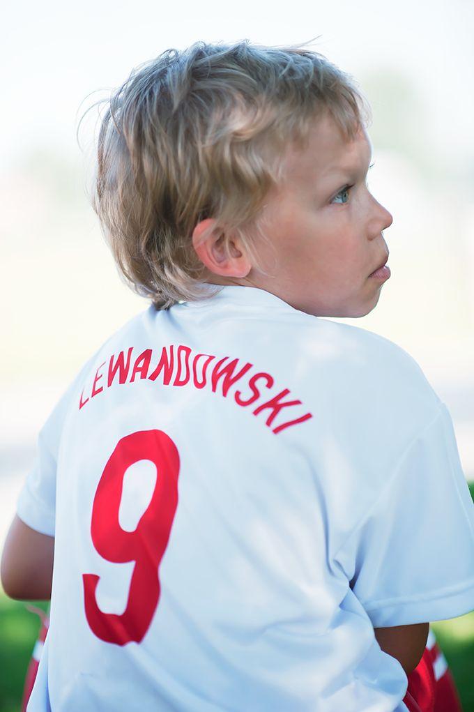 Jeden Huncwot po raz drugi w życiu założył dziś koszulkę Lewego. I proszę bardzo: hat-trick w 4 minuty! :)