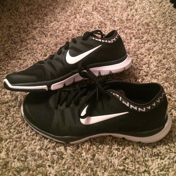 Nike Training Shoes Great and stylish training shoes! Been worn about 6 times. In great condition! Nike Shoes Athletic Shoes