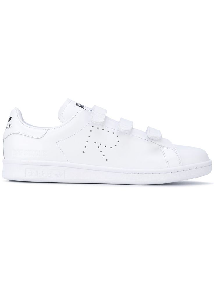 ¡Consigue este tipo de deportivas de Adidas By Raf Simons ahora! Haz clic para ver los detalles. Envíos gratis a toda España. Adidas By Raf Simons - Stan Smith Velcro Sneakers - Women - Leather/Rubber - 7: White leather Stan Smith velcro sneakers from Adidas by Raf Simons. Size: 7. Gender: Female. Material: Leather/rubber. (deportivas, sport, deporte, deportivo, fitness, deportivos, deportiva, deporte, trainers, sporty, plimsoll, sportschuhe, tenis, chaussures sportives, sportive…