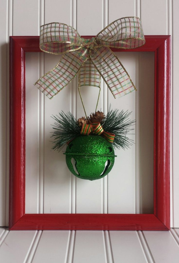 Picture frame christmas ornaments - Christmas Picture Frame Wreath
