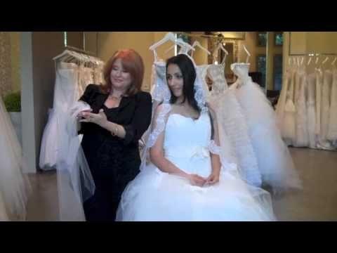 Bridal 101 with Renée Strauss - Veils