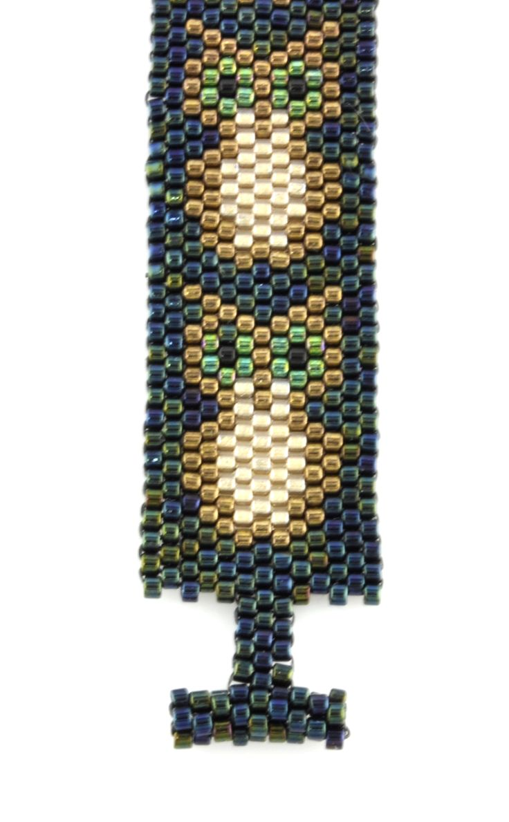 I want to try and make this peyote owl bracelet!