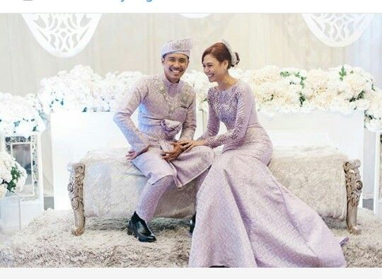 Songket wedding dress. Malay wedding dress.