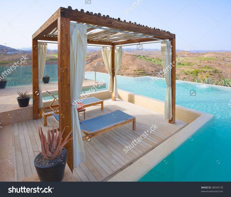 Pergola In A Luxury Outdoor Pool Spa Foto d'archivio 38549170 : Shutterstock
