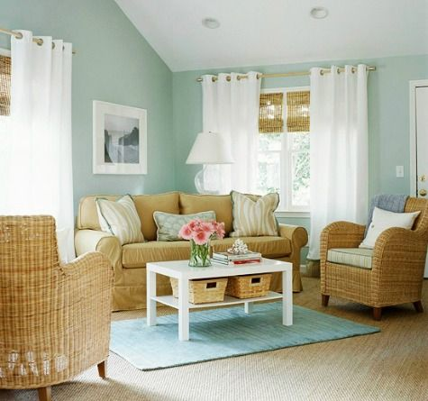 Wicker Decor has a Beachy Vibe: http://www.completely-coastal.com/2016/01/decorating-with-wicker-baskets-stylish.html
