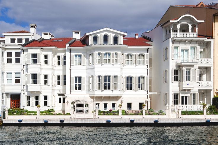 Luxury waterfront mansions by Armaggan, Istanbul - front house