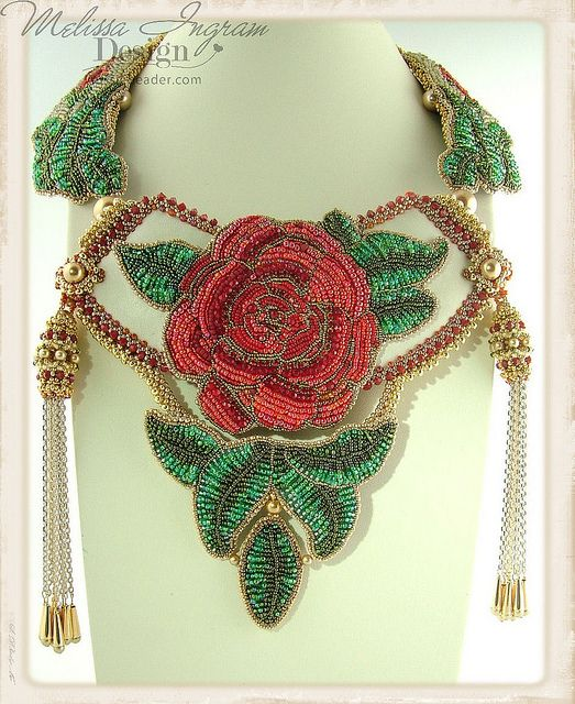 Drama Queen by Melissa Ingram. 2nd place Beaded Jewellery Category British Bead Awards 2013. www.aussiebeader.com