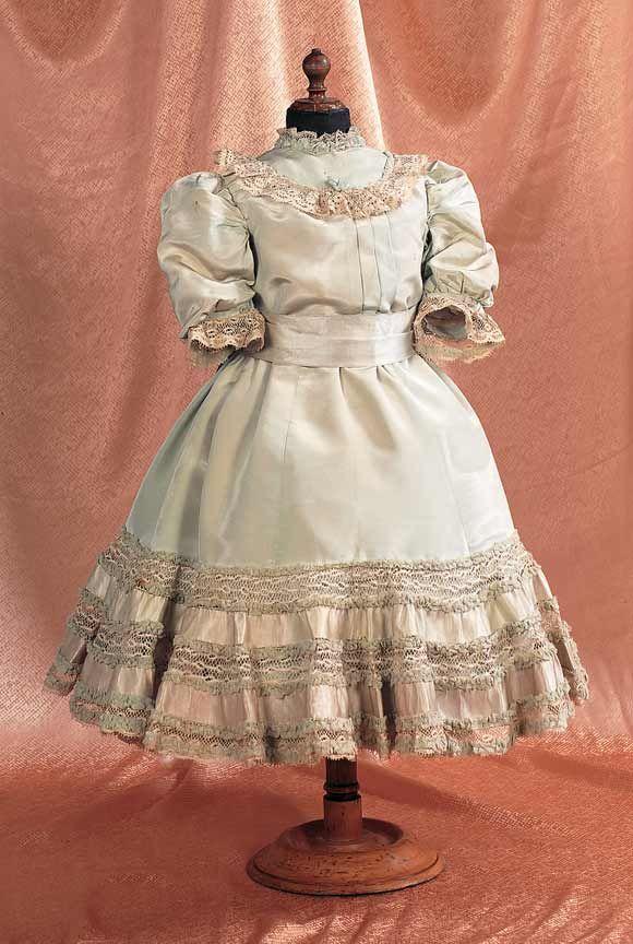 French Pale Green Silk Taffeta Doll Dress for Au Nain Bleu