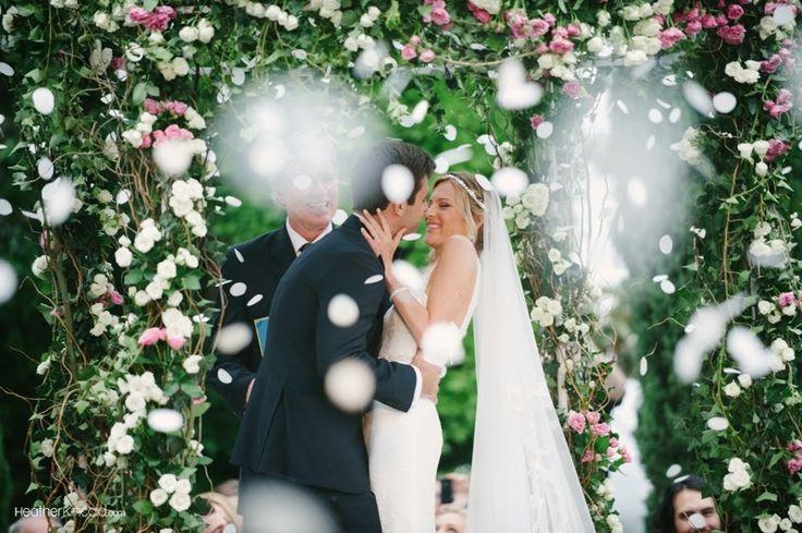 Totally Fun Wedding Photo Ideas - Wedding Picture Ideas