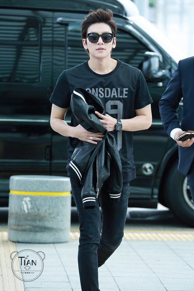 Wookie Airport Style ❤ J Hearts