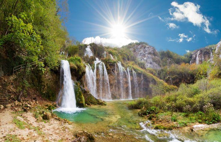 Besuche die atemberaubenden Wasserfälle im Nationalpark Plitvicer Seen inkl. Mietwagen! 4 Tage ab 87 € | Urlaubsheld.de