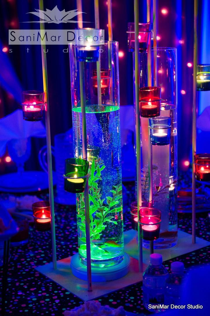 Neon Table Light: 17 Best Images About Prom Neon Lights-2015 On Pinterest