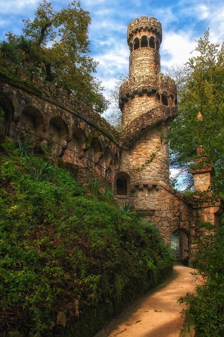 Ethereal Photos of the Palace of Mystery in Portugal Look Straight Out of a Storybook